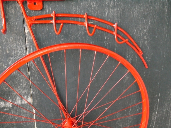 Front Hooks Detail